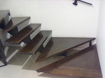 Escalera centro de estética